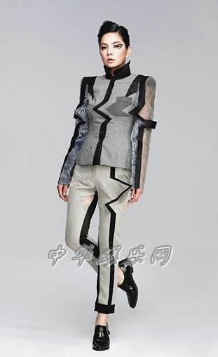 陈嘉桦穿服装设计科学生作品,前卫感十足