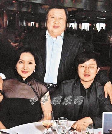 51岁方芳芳和老公丹尼尔学省钱妙招假传圣旨激