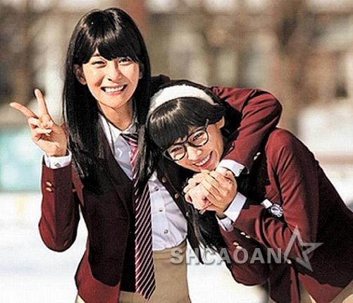 33岁金素妍《需要浪漫3》羞扮高中生SuperJunior东海