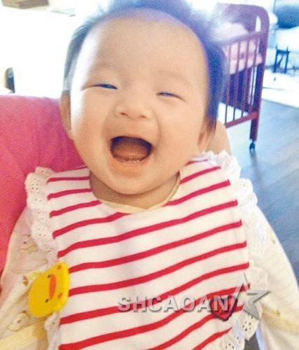 可爱小孩大笑动态