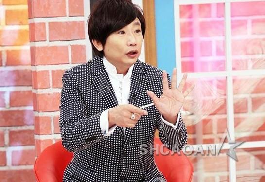 秦伟遭滨小步指控搞过教会未成年少女第7名受害者现声(图)