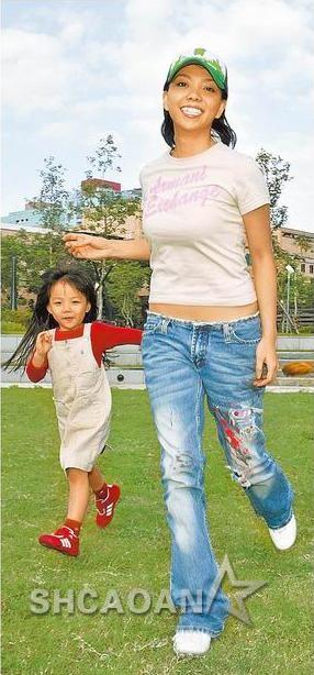 张惠妹提携16岁外甥女安娜公主加盟安徽卫视《MegaStar》(图)