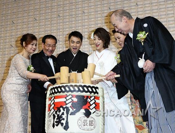 32岁大久保麻梨子(Mariko)嫁台湾老公卢德张佐藤麻衣教驭夫术