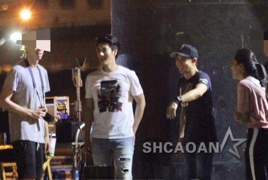 王力宏拍MV林志颖驾超跑协助两人老婆王靓蕾、陈若仪盯场(图)