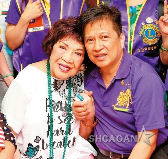 80岁周游小10岁的第3任丈夫李朝永和小三开房、车震被拍到(图)