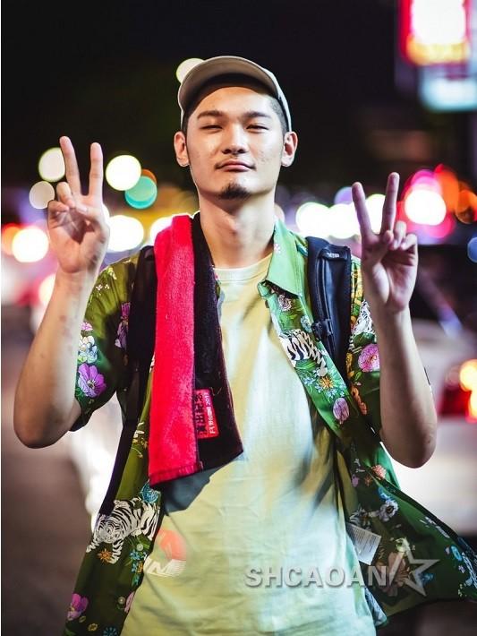 25岁新科金曲歌王Leo王邀约暴增补谢秘婚2年老婆(图)