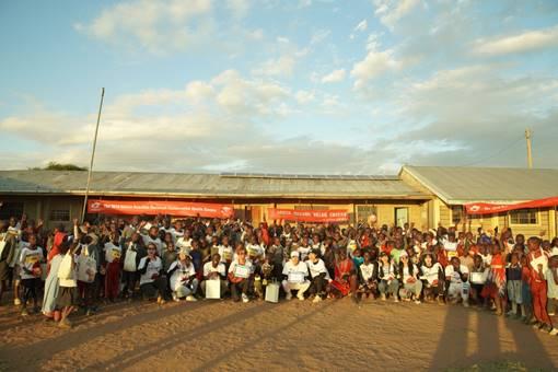感恩8月全新娱乐非洲公益之旅