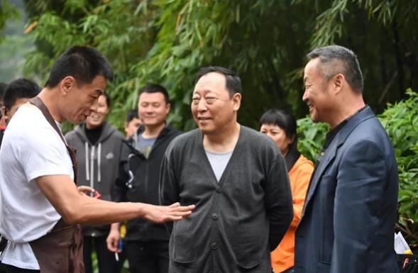 《一日成交》演员倪大红合作士力架,让运动更有型