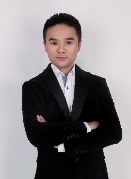 舒嘉颖曾成功执导音乐类节目:中国偶像、亚洲巨声、中韩新秀