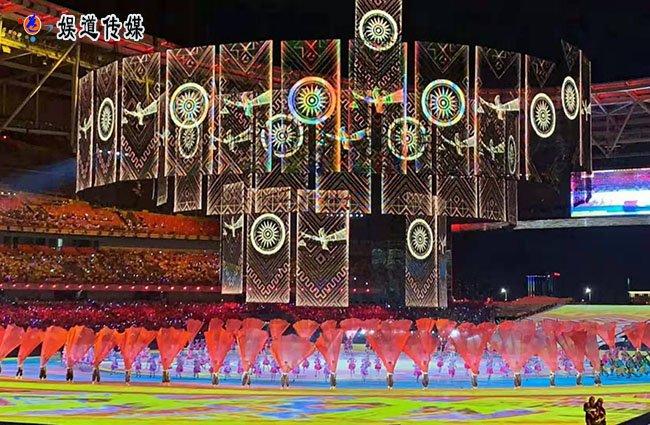 走进著名舞蹈家夏冰的舞蹈世界――《山鼓咚咚》艺术鉴赏