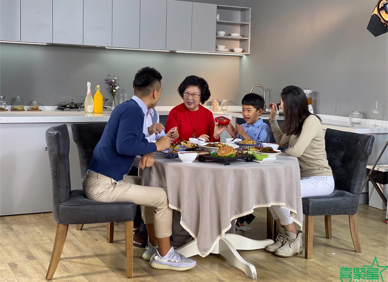 喜聚星旗下签约艺人沈梓豪受邀参与汇牧邦品牌广告拍摄优异表现惹人称赞