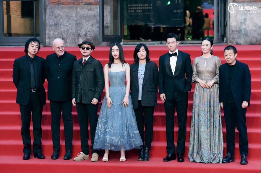 《少女佳禾》入围第三届平遥国际电影展,李感绅士优雅亮相!