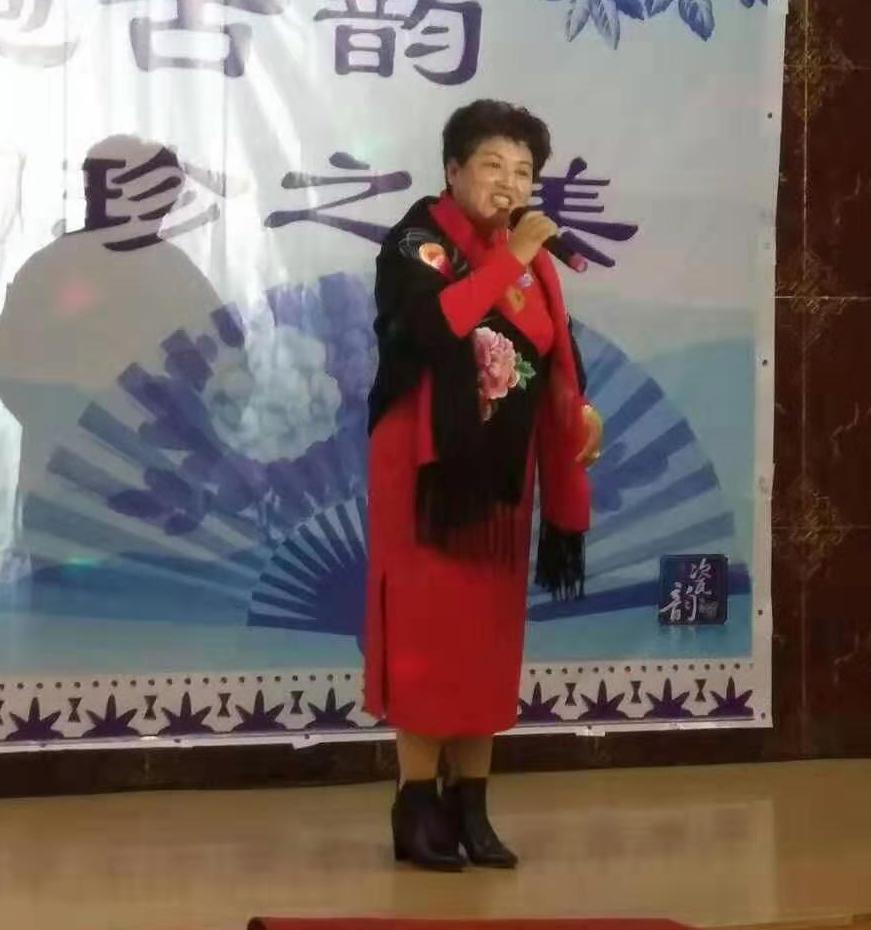 """山东""""小赵丽蓉""""张幸福期待与巩汉林同台演小品"""