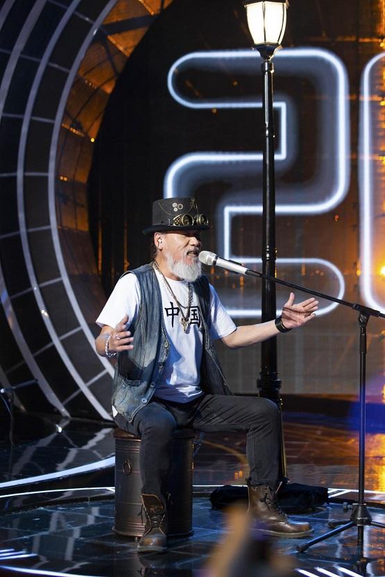《嗨唱转起来》首播收视夺冠!60秒极致嗨唱舞台加入周五解压套餐