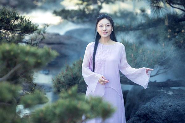 国风歌者刘珂矣发布《江湖一梦》主题写真