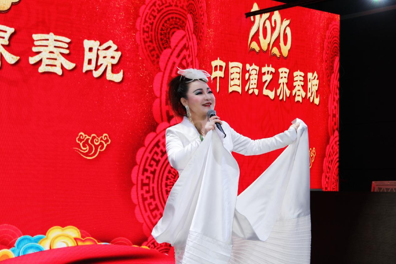 """黄丽达受邀录制""""2020中国演艺界春晚"""",与上百位文艺工作者同台献艺"""