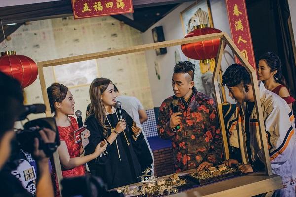 归园田居品牌创始人|微信首播,在线流量突破82.9w,创造行业新巅峰!